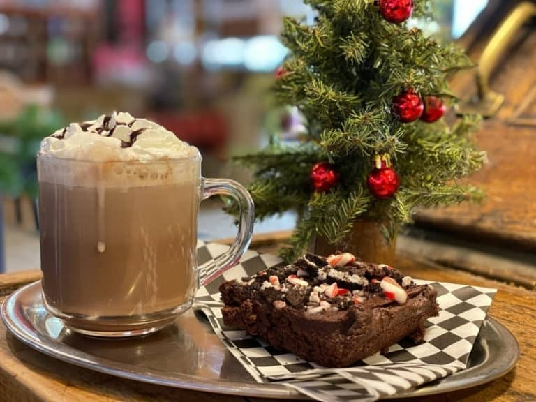 daily grind peppermint mocha and peppermint brownie